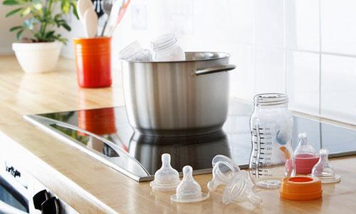 Hướng dẫn cách tiệt trùng bình sữa Comotomo