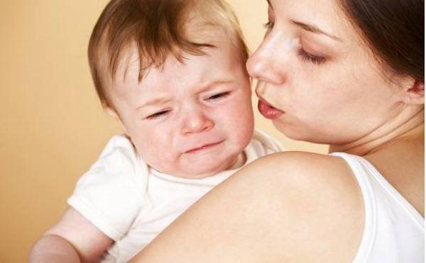 Trẻ đi tướt mọc răng bao lâu?