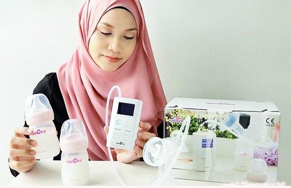 Nên chọn máy hút sữa bằng tay hay bằng điện
