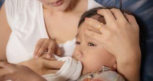 Trẻ bị bệnh trào ngược dạ dày có thể gây viêm thực quản thậm chí là biến chứng lên đường hô hấp
