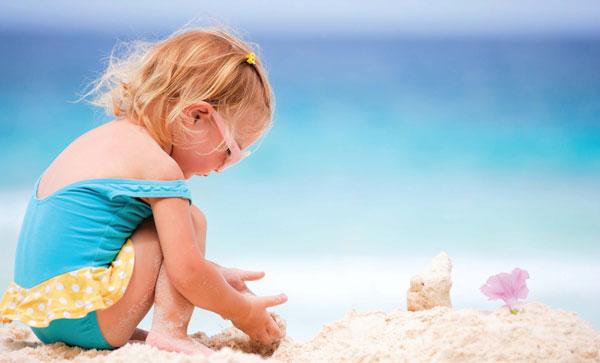 Chọn mua kem chống nắng cho bé