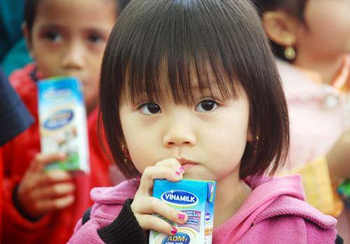 Sữa tươi phù hợp với các bé từ 1 tuổi trở lên